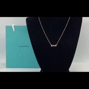 Tiffany and Co Sliver Infinity Necklace